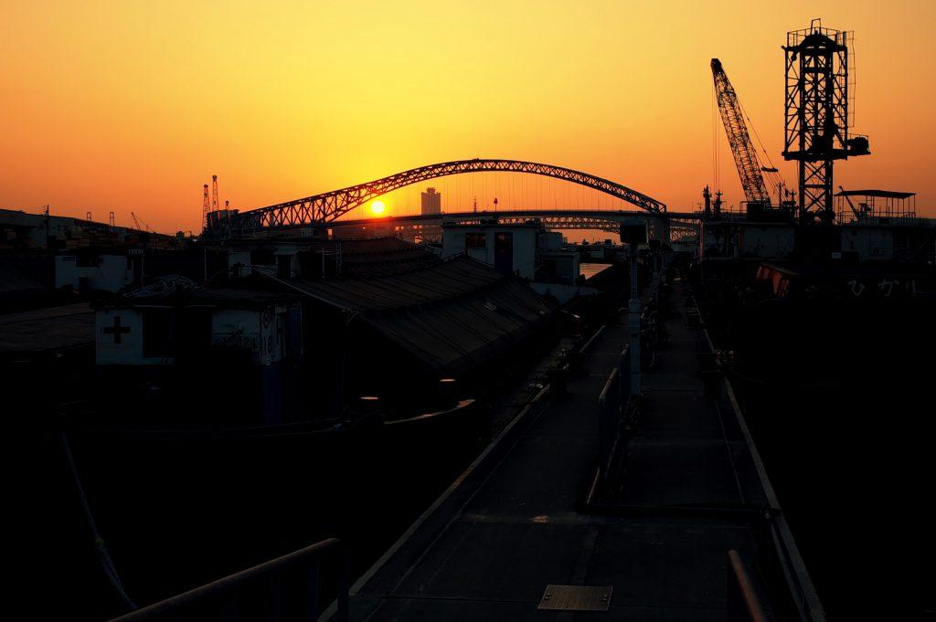 大正内港・千歳橋の夕景