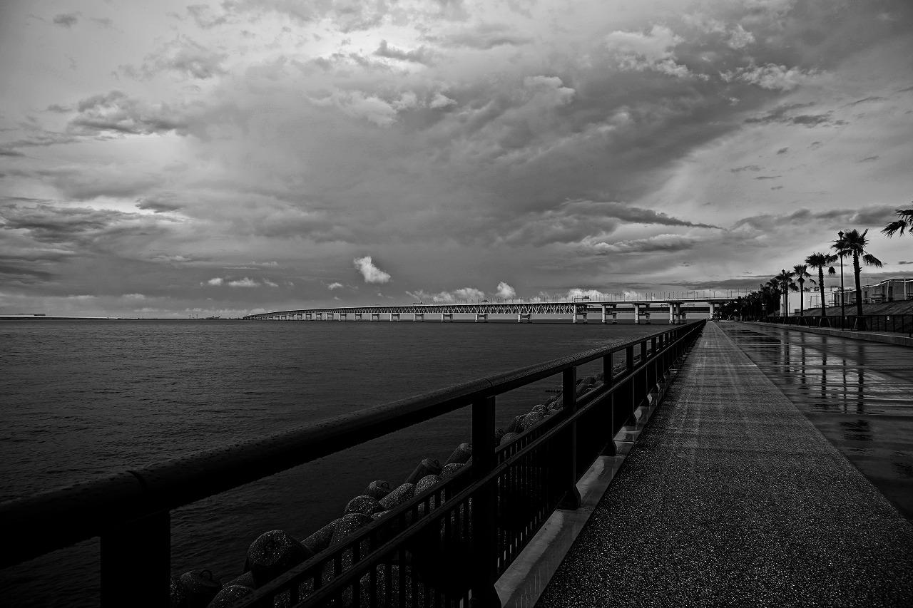 雨上がりのマーブルビーチ